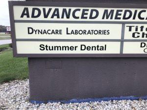 Stummer-Dental-Monument sign